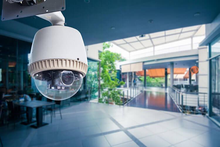 Importancia de las cámaras de vigilancia en locales comerciales